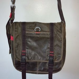 Wilson's brown distressed leather messenger bag